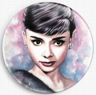 Audrey Hepburn By Emily Luella Licensed Art Needle Minder